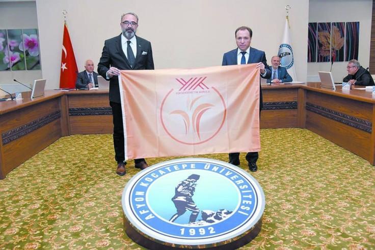 AKÜ'ye turuncu bayrak